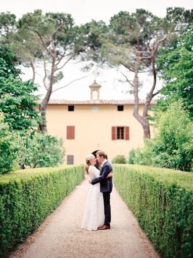 Villa-Corsano-Siena-Toscana-cerimonia-matrimonio-giardino