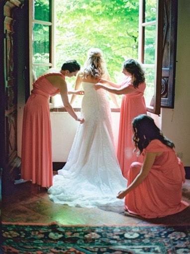 Villa-Corsano-Siena-Toscana-cerimonia-matrimonio-sposa-damigelle