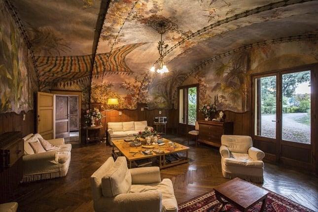 villa-corsano-toscana-salotto-soggiorno-affresco-vista