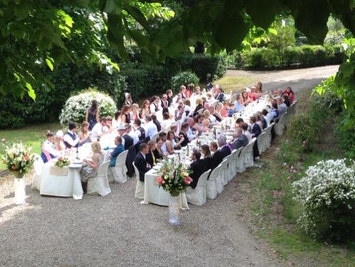 Villa-Corsano-Siena-Toscana-cerimonia-matrimonio-giardino-pranzo